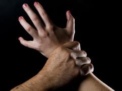ازدياد حالات الاعتداءات الجنسية زمن الكورونا بنسبة 37%