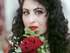 """وقفة مع نص """"عذراء الحروف"""" للشاعرة السورية نبيلة متوج"""
