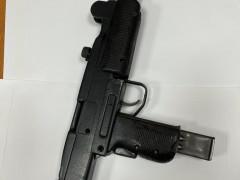 القاء القبض على3 مشتبهين من سكان مدينة ام الفحم بشبهة حيازة سلاح غير قانوني