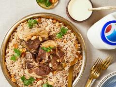 منسف وجبة شهيّة ومعروفة في البلاد العربية