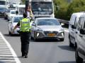 *الشرطة توقف سائق دراجة نارية مشتبه بالقيادة  في الوقت الذي الغيت به رخصته