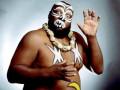 وفاة أسطورة الـ WWE العملاق كامالا بسبب فيروس كورونا «كوفيد-19»