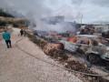 يركا| اندلاع حريق كبير بمجمّع لخردة السيارات*